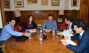 Reunio bilateral representants sector porci JARC_COAG amb Ministeri Agricultura_04112014